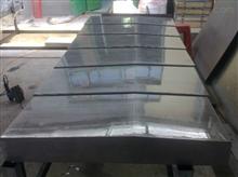 定制數控機床不銹鋼板防護罩設計