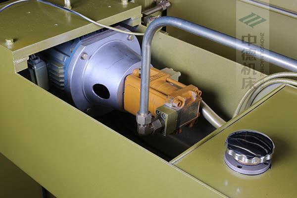 ZDP-20050半内装式西门子电机油泵,动力强劲澎湃,并有效控制噪音.jpg